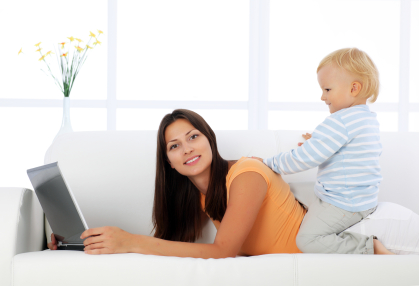 Post image for 7 Ways to Successfully Work at Home with Toddlers in Tow